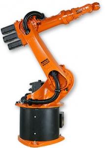 KUKA KR 6 robot